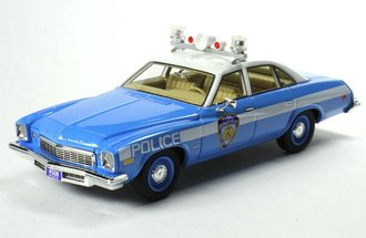 "1:43 1974 Buick Century Police Car ""NYPD"" (Blue/White)"