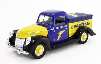 "1:18 1940 Classic Truck ""Goodyear"" (Blue/Yellow)"