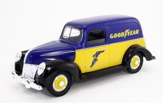 "1:18 1940 Classic Panel Van ""Goodyear"" (Blue/Yellow) (Bank)"