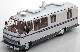1:43 1981 Airstream Excella 280 Turbo RV
