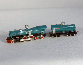 Lionel Ornament - 2003 Minature Set - Blue Comet Steam Locomotive and Tender