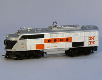 Lionel Ornament - NH Diesel Locomotive - Gold Crown Special