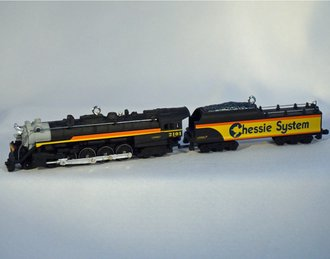 Lionel Ornament - 2001 Set - Chessie Steam Engine & Tender