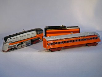 Lionel Ornament - 2004 Set - Hiawatha Engine, Tender & Observation Car
