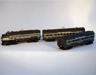 Lionel Ornament - 2008 Set - NYC Diesel, Passenger Car & Observation Car