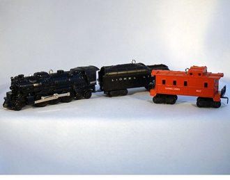 Lionel Ornament - 2013 Set - 2037 Steam Engine, Tender & Caboose