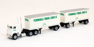 """COE Tractor w/Double Pup Trailers """"Peninsula Truck Lines"""" (White/Green)"""