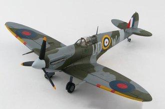 """Spitfire Mk V RAAF No.452 Sqn """"AB972, Brendan """"Paddy"""" Finucane"""" RAF Kenley, England, October 1941"""