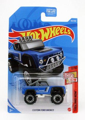 "2020 Ford Bronco ""Custom"" (Blue)"