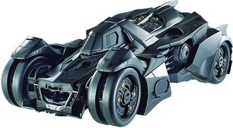 Batmobile Batman Arkham Asylum Video Game en 1:43 Ixo Altaya stand modelo