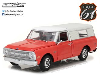 1:18 1970 Chevrolet C-10 Pickup w/Camper Shell