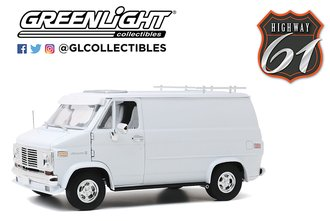 1:18 1976 Chevrolet G-Series Van (White)