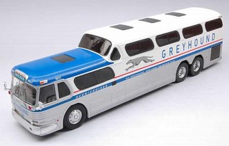 "1:43 1956 GMC Scenicruiser ""Greyhound"" (White/Silver)"