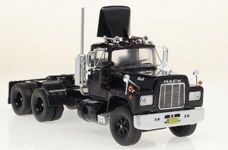 1:43 1966 Mack R-Series Dual-Axle (Black)