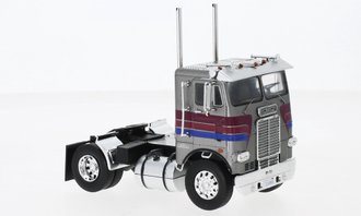 1:43 White-Freightliner Day Cab Tractor [Silver)