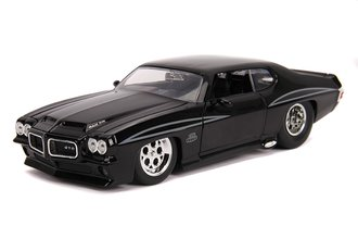 1:24 BTM - 1971 Pontiac GTO (Glossy Black)