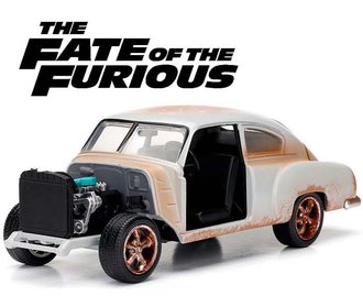 "1:24 F&F - Dom's Chevy Fleetline ""The Fate of the Furious (2017)"""