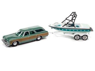 1:64 1973 Chevy Caprice Wagon w/Mastercraft Boat & Trailer (Lt Green Woody, Lt & Dk Green)