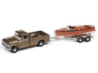 1966 International 1200 Truck w/Split-Cockpit Wood Boat (Champagne Mist)