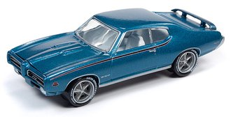 1:64 1969 Pontiac GTO (Crystal Turquoise)