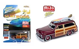 1:64 Street Freaks - Surf Rods - 1950 Mercury Woody Wagon w/Surfboards (Maroon)