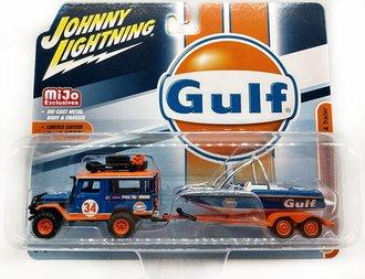 "1:64 1980 Toyota Land Cruiser w/Boat & Trailer ""Gulf Oil"""