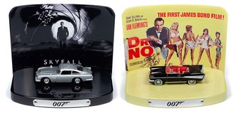 Johnny Lightning 1:64 Diorama Series, 2020 Release 1 (Set of 2)