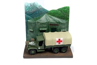 1:87 WWII GMC CCKW 6x6 Truck w/Mobile Hospital Resin Display Diorama