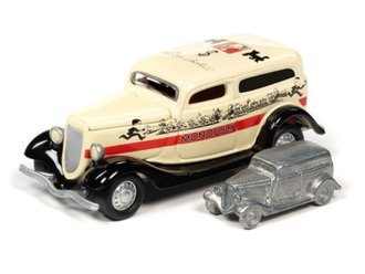 1:64 Monopoly 1933 Ford Panel Delivery & Token (Cream/Black)