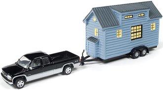 1:64 2002 Chevy Silverado (Black Metallic/Silver) w/Tiny House (Blue Stained Cedar Siding)