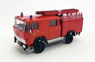 1:43 1965 Magirus-Deutz 100 D 7FA LF8-TS Fire Truck (Red)