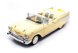 1:18 1957 Chevrolet Bel Air Convertible (Cream)