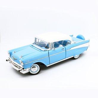 1:18 1957 Chevrolet Bel Air Hardtop (Light Blue)