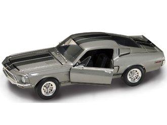 1:18 1968 Shelby GT-500KR (Silver)