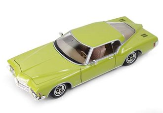 1:18 1971 Buick Riviera GS (Lime Green)