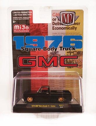 1:64 1976 GMC Sierre Grande 15 Square Body Custom Pickup Truck (Black)