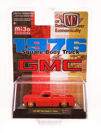 1:64 1976 GMC Sierre Grande 15 Square Body Custom Pickup Truck (Red)