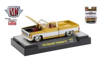 1:64 Auto-Trucks 1973 Chevrolet Cheyenne Squarebody Pickup (Liquid Gold)
