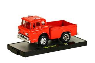 1:64 1970 Ford C-600 Truck (Rangoon Red)