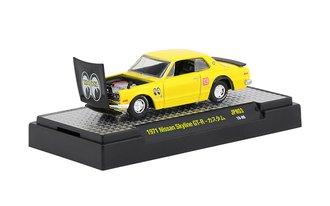 "1:64 1971 Nissan Skyline GT-R ""Mooneyes"" (Bright Yellow w/Gloss Black Hood)"