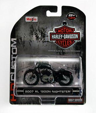 Harley-Davidson 2007 XL 1200N Nightster (Black)