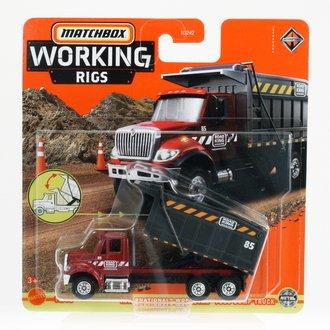 1:64 International WorkStar 7500 Dump Truck (Red)