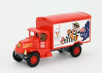 "Mack AC Van ""Ronald McDonald"" (Red)"