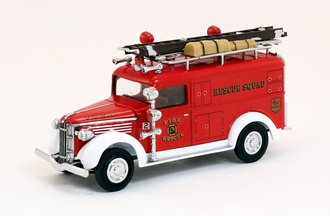 1937 GMC Fire Rescue Squad Van (Red/White)