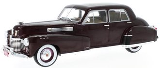 1:18 1941 Cadillac Fleetwood Series 60 Special (Burgundy)