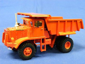 Autocar AP25 Dump Truck (Resin)