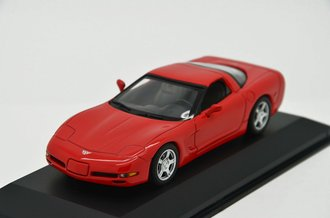 1997 Chevy Corvette (Red)