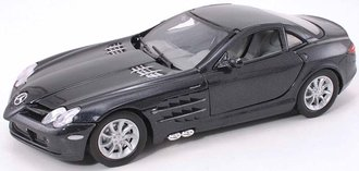 1:24 Mercedes-Benz SLR McLaren (Crystal Black Metallic)