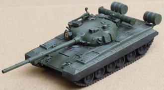 "1:72 T-80B Main Battle Tank Mod 1980 w/Command Shield ""Soviet Army Elite Squad"""