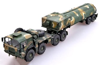 MAN M1014 Tractor w/BGM-109G Gryphon Ground Launched Cruise Missile (GLCM) - USAF (Plastic, no case)